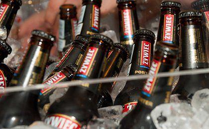 Niespodzianka dla piwoszy. Żywiec podnosi kaucję na butelki