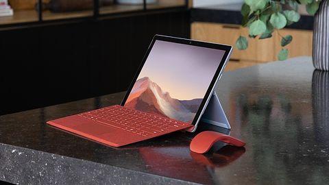 Microsoft Surface Pro 7: spróbowali z chłodzeniem pasywnym i nie wyszło