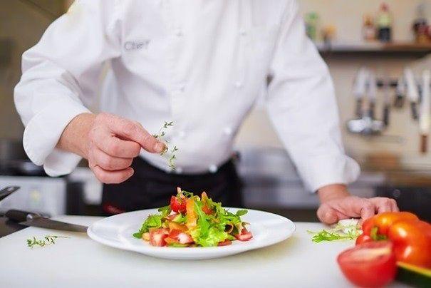 Warszawscy restauratorzy szkolą się z obsługi osób niewidomych