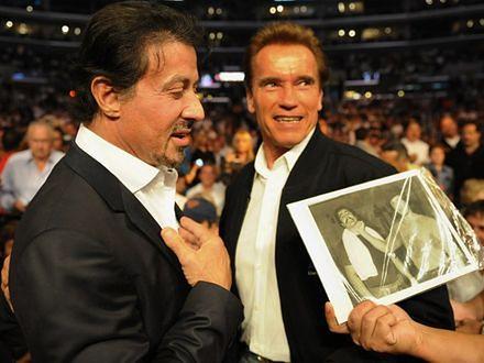 Arnold Schwarzenegger i Sylvester Stallone jak kot i pies