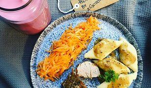 Polędwiczka wieprzowa, kopytka i surówka. Rodzinny obiad