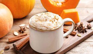 Jak przygotować domową pumpkin spice latte