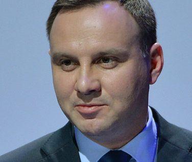 Duda: premier straszy Polaków