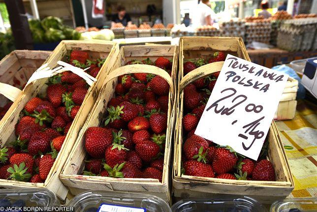 Truskawka znów jest na szczycie rankingu najbardziej zanieczyszczonych owoców.