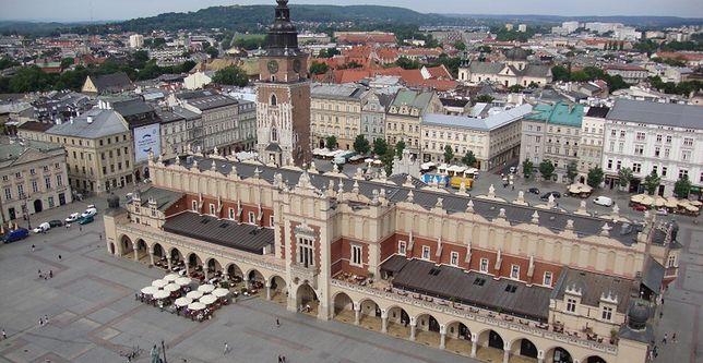 Kraków: ktoś niszczy plakaty wyborcze. Kandydat jest niewidomy