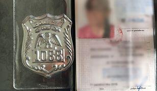 """Podrobione dokumenty i odznaki """"policjantek"""""""
