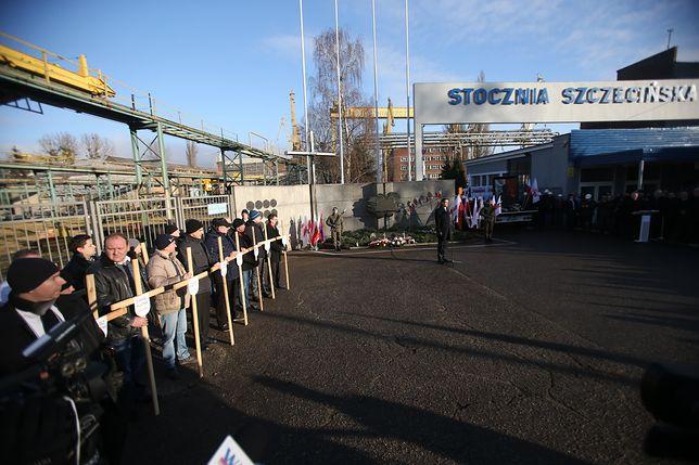 Ostatnia decyzja Macierewicza? Zmienił nazwę stoczni w Szczecinie