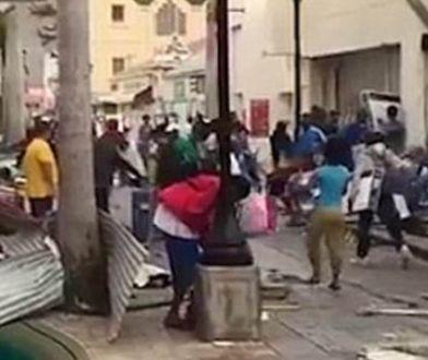 Anarchia po przejściu huraganu Irma. Rozboje, kradzieże, kilkuset uzbrojonych więźniów na wolności