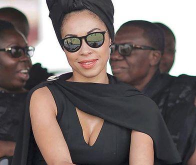 Tak Omenaa Mensah ubrała się na pogrzeb
