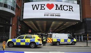 Atak nożownika w Manchesterze. Arndale Centre obstawione przez policję