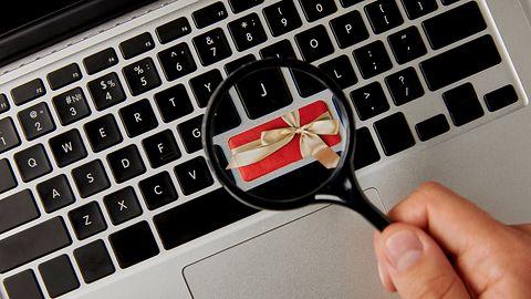 Świąteczne zakupy online okazją dla oszustów. By się chronić, wystarczy przestrzegać 7 zasad