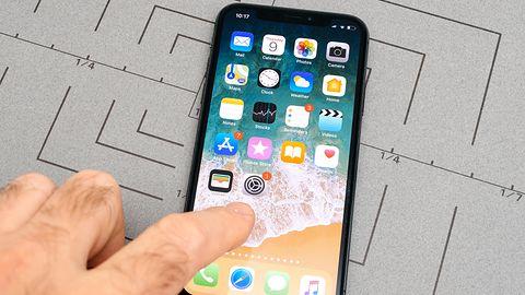 Apple oskarżone o zawyżanie rozdzielczości ekranu w iPhone'ach. Jeden z zarzutów to absurd