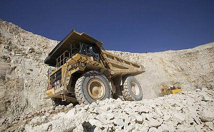 KGHM chce kupić złoża rud uranu dla elektrowni jądrowej