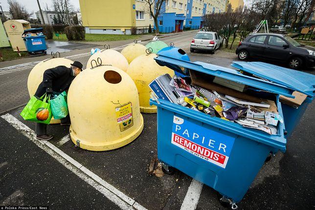 Problem ze śmieciami z bloków. Jeden mieszkaniec może wpłynąć na wszystkich