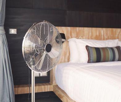 Nowoczesne wentylatory to eleganckie urządzenia, które pomagają przetrwać upalne dni