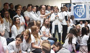 Lekarze rezydenci domagają się zwiększenia nakładów na ochronę zdrowia