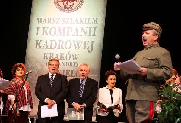 Prezydent podczas Lekcji Śpiewania na Rynku Głównym w Krakowie