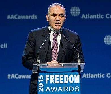 ETPC potępia Rosję za bezprawne zatrzymanie mistrza szachowego Garriego Kasparowa na lotnisku