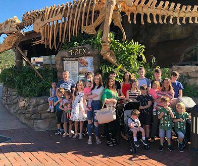 Mają 21 dzieci. Tak wyglądają wakacje największej brytyjskiej rodziny