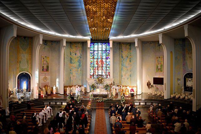 Luzowanie obostrzeń. Zmiany w zasadach funkcjonowania kościołów