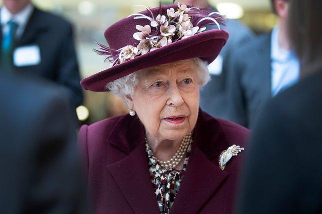 Królowa Elżbieta II odczuwa rozłąkę z prawnukami.