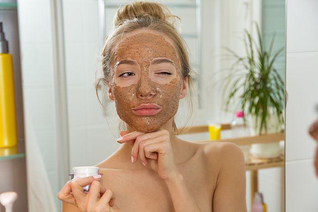 Maska na twarz może skutecznie poprawić kondycję skóry