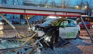Warszawa. Wypadek na Żoliborzu. Dwie osoby w szpitalu