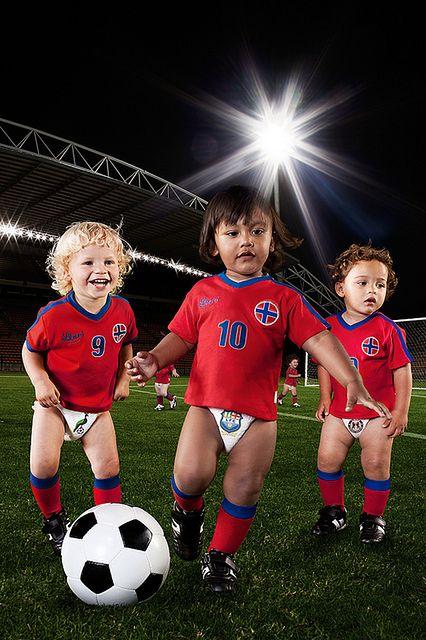 Trening piłki nożnej dla najmłodszych