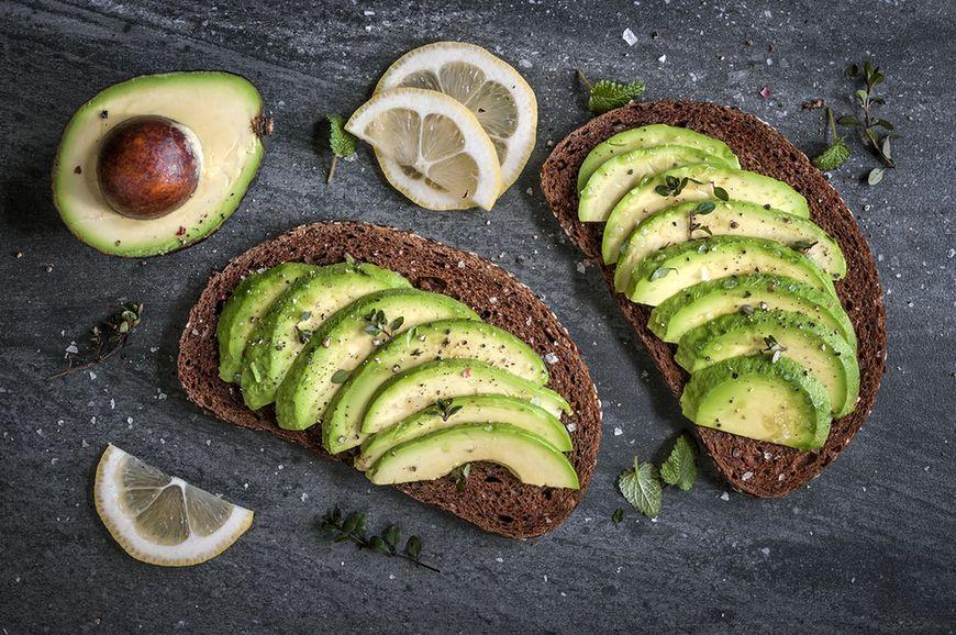 Dietetycy się spierają, czy chleb tuczy