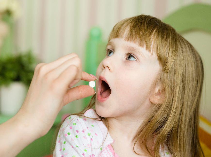Apteczka z lekami dla dzieci