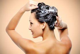 Niecodzienny sposób na pielęgnację skóry głowy – oczyść ją peelingiem