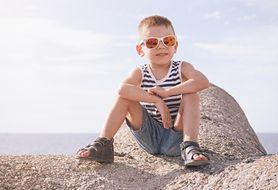 Latem tylko sandałki. Zobacz piękne modele letnich bucików dla chłopca