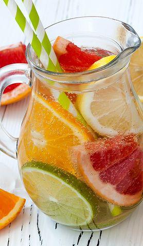 Wypróbuj przepisy na najbardziej orzeźwiające drinki