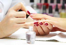6 przerażających oznak, świadczących o tym, że jesteś w złym salonie manicure