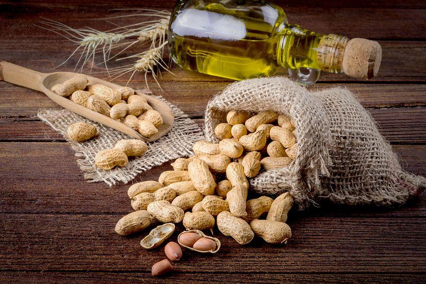 Olej arachidowy na starzejącą się skórę