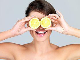Masz problemy z trądzikiem? Wypróbuj kosmetyki z dodatkiem witaminy C