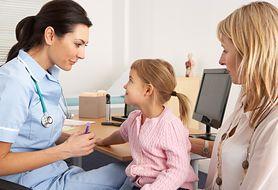 Czy wiesz, jak w bezpieczny sposób leczyć męczący kaszel u dziecka?