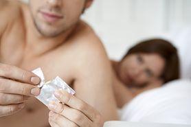 Sprawdź, jakie błędy najczęściej popełniasz, używając prezerwatywy