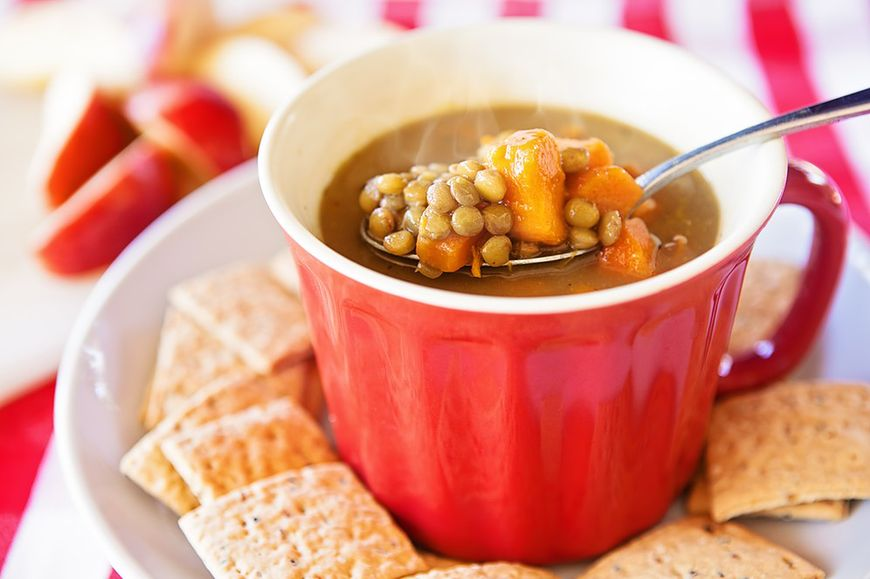 Rozgrzewająca zupa z batatów