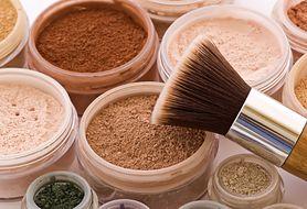 Sprawdź, z czego składa się podkład mineralny i jak go stosować?