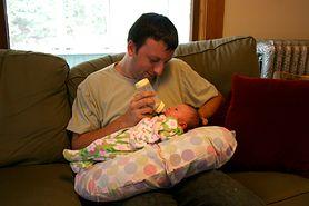 Karmisz dziecko butelką? Zadbaj o to, by przedwcześnie nie miało próchnicy