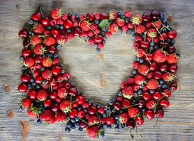 27 przepisów z owocami jagodowymi w roli głównej