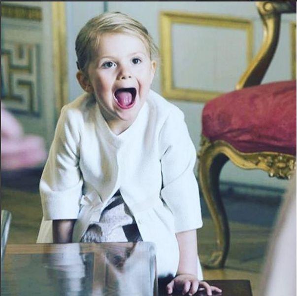 Estelle Silvia Ewa Mary jest szwedzką księżniczką