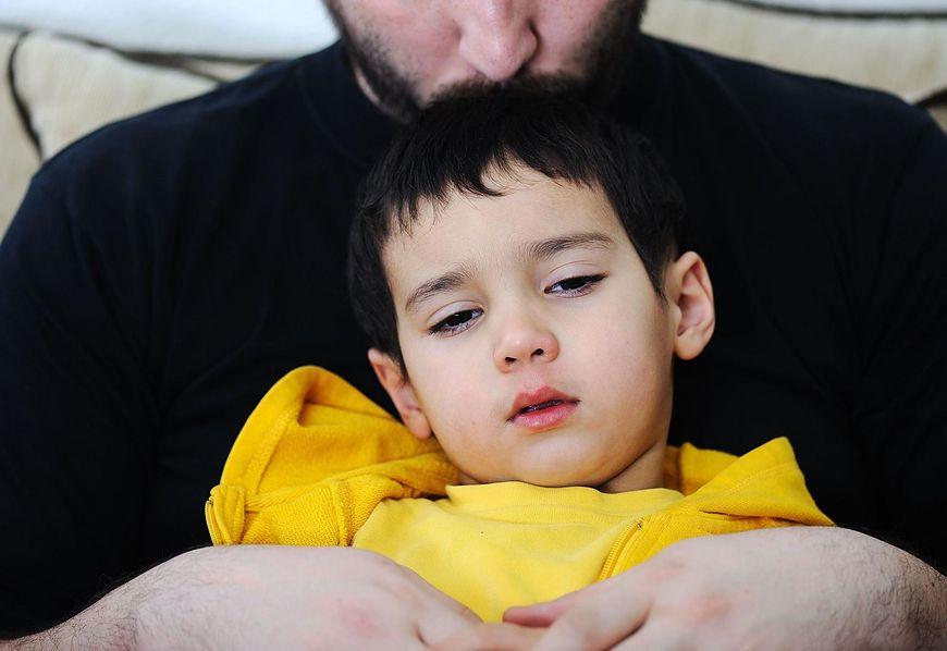 Czynniki sprzyjające wystąpieniu zapalenia płuc u dzieci