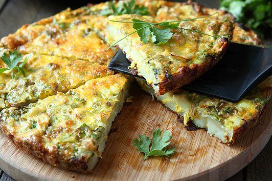 Jeżeli szukasz dobrego pomysłu na smaczne śniadanie, postaw na zielony, wegański omlet