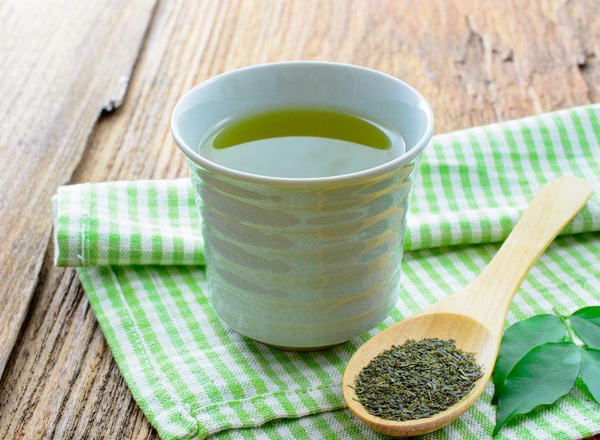 Herbata biała – hamowanie tłuszczu