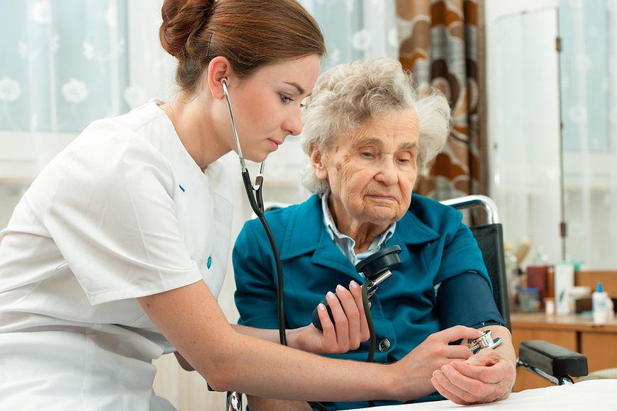 Nowelizacja ustawy o zawodach pielęgniarek i położnych