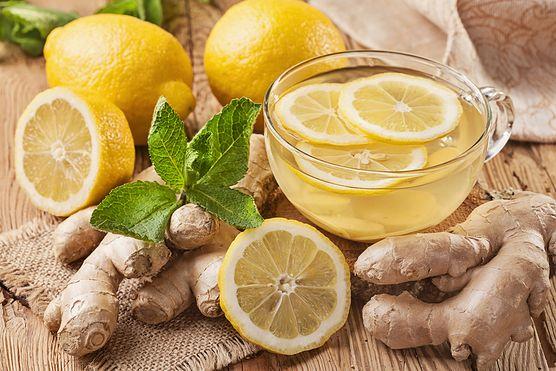 Gorący napój imbirowy - źródło cennych składników mineralnych i smakowity sposób na przeziębienie