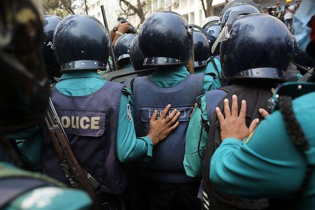 Policja w Bangladeszu (zdjęcie ilustracyjne)