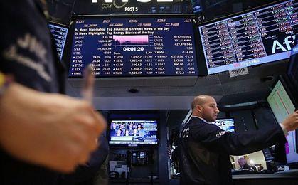Trend giełdowy w 2015 r. wyznaczą banki centralne i sezon wyborczy. Czy OFE zaczną wyprzedaż akcji?